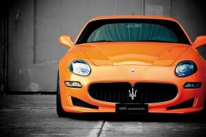 Die eindrucksvolle Frontschürze wurde inspiriert vom Maserati Granturismo