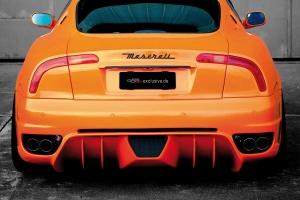 Die Tuning Heckschürze mit mächtigen Finnen am Diffusor verleiht dem Maserati 4200 ein sportliches Hinterteil