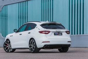 3-piece rear spoiler for the Maserati Levante