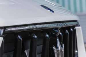 The front grill of the Maserati Levante has been refined with visible carbon
