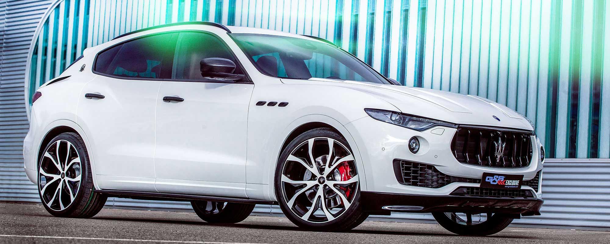 Frontlippenansätze und Carbonteile für exklusive Optik des Maserati Levante